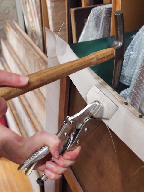 Remontage d'un toile sur châssis